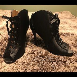 Qupid high heel satin peep toe lace up dress shoe